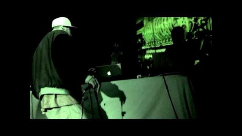 Sensational Spectre live at Raw Tempel 2/4