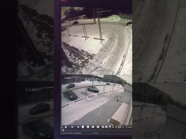 На парковке водитель сбил пенсионерку и скрылся, Сызрань, 14.01.18