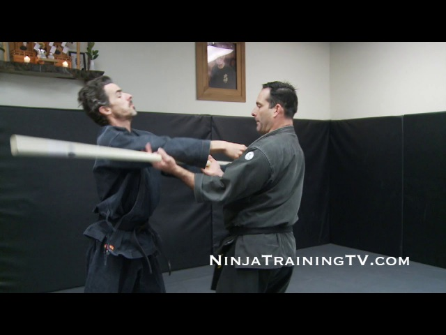 Ganseki Nage Henka Variation with a Rokushakubo for Bujinkan Ninjutsu Training