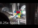 Робот собрал Кубик Рубика за 0.38 секунды.