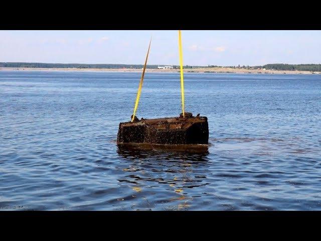На дне реки Волги найден затонувший автомобиль
