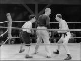 Charlie Chaplin Boxing - City Lights