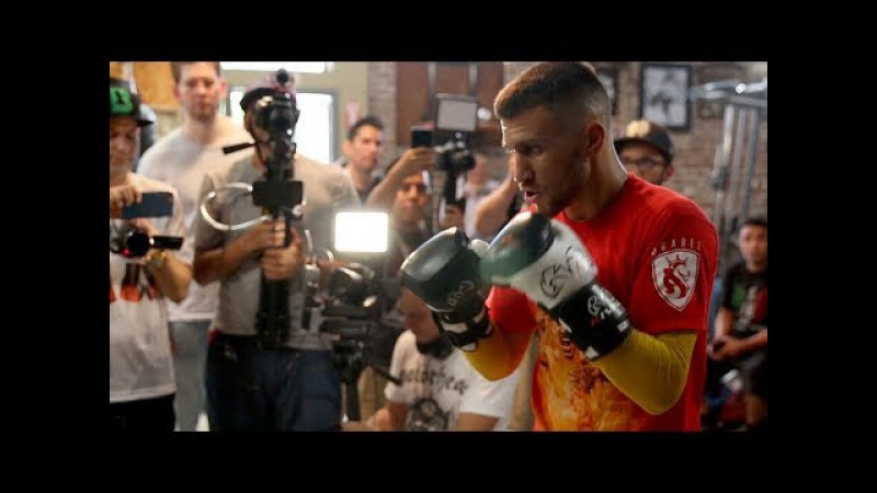 MASTER AT WORK! VASYL LOMACHENKO HEAVY BAG WORKOUT AHEAD OF MARRIAGA FIGHT