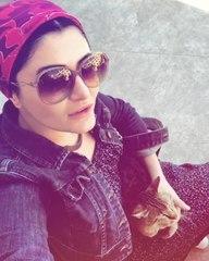 """Deniz Çakır♡Oktay Kaynarca on Instagram: """"Sokak Hayvanları Günü kutlu olsun o zaman..❤/Deniz Kıbrıs..🌿 #denizcakir #kıbrıs #sokakhayvanlarıgünü @de..."""
