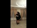 Танець мами з дорослим сином