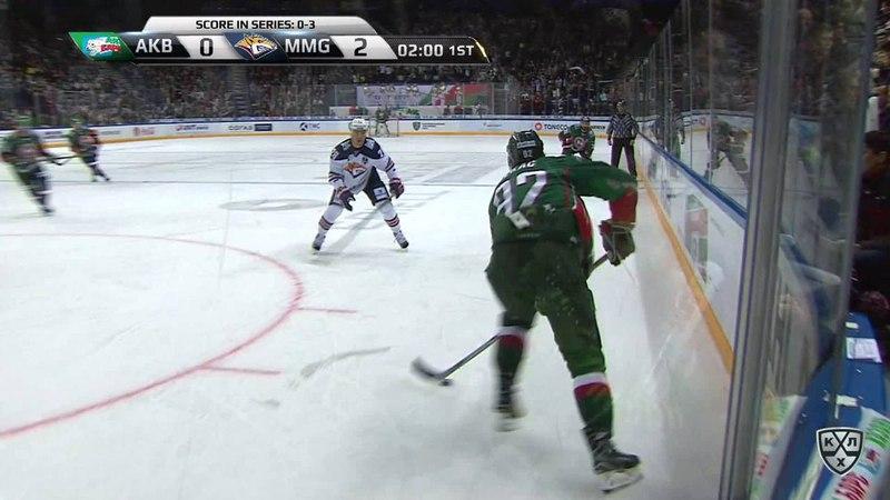 Моменты из матчей КХЛ сезона 17/18 • Гол. 1:2. Иржи Секач (Ак Барс) оказался самым расторопным на пятаке 30.03