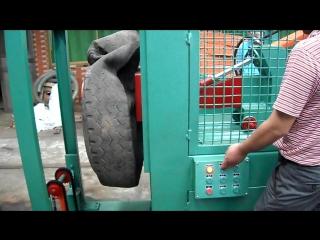 Станок по выдавливанию бортового кольца из шин однокрюковый