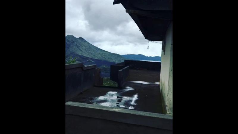 Вулкан Кинтамани и озеро Батур