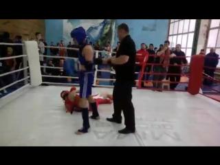 тайский бокс#накаут#сын в синем