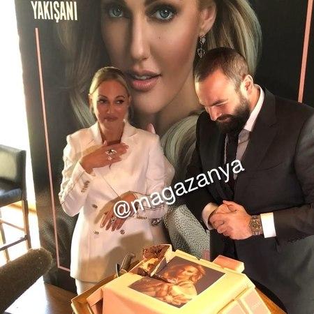 """MAGAZANYA📣🌍 on Instagram """"📌Meryem Uzerli, Atasay'ın yeni yüzü oldu. Şu an herhangi bir projede oynamayan Meryem Uzerli 1 yıl boyunca Atasay reklam..."""