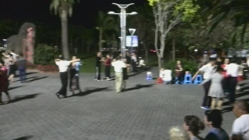 Площадь Танца в Дадунхае