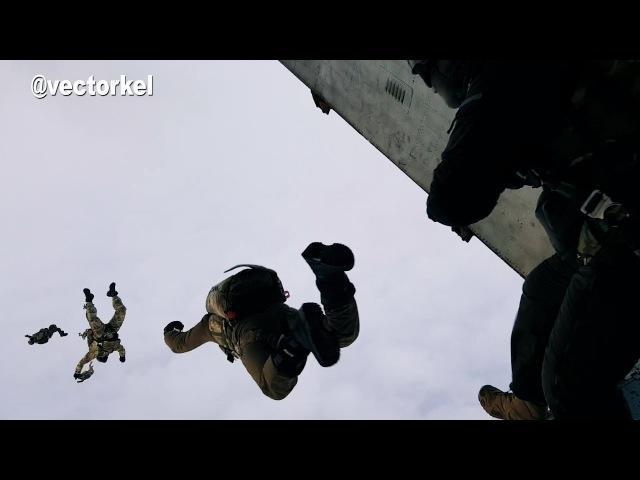 СОБР «Рысь» , ЦСН «Витязь» и сотрудники «Летучего отряда» отрабатывают десантирование