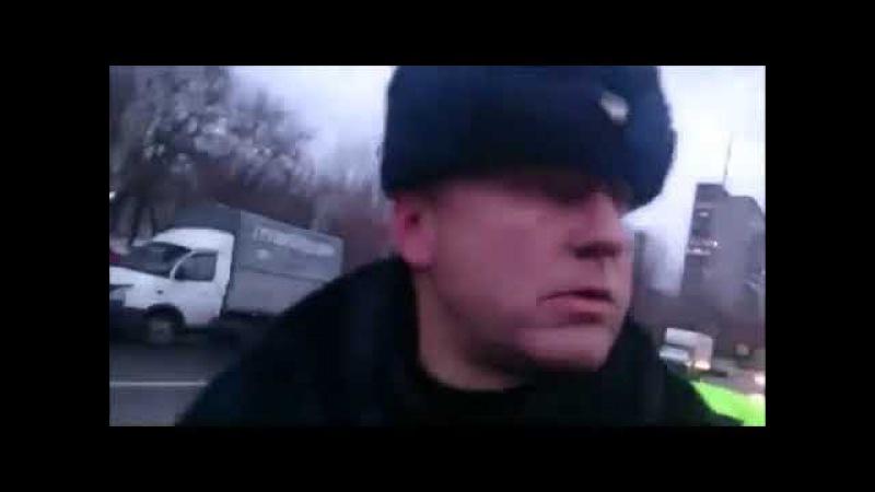 В Москве ДПСники придушили пешехода во время прямой трансляции в Перескопе