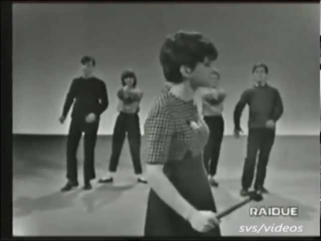 Rita Pavone - Datemi Un Martello (1964)