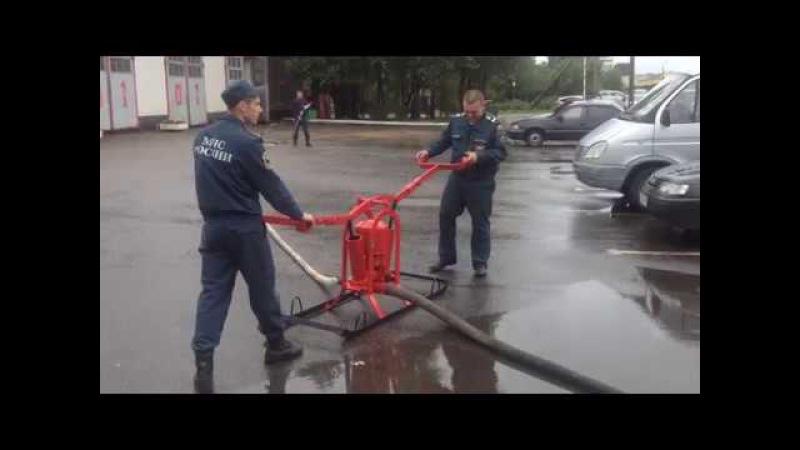 Пожарный ручной насос.Old manyal fire pump.