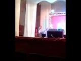 Мама играет Рег-Тайм на концерте Синема