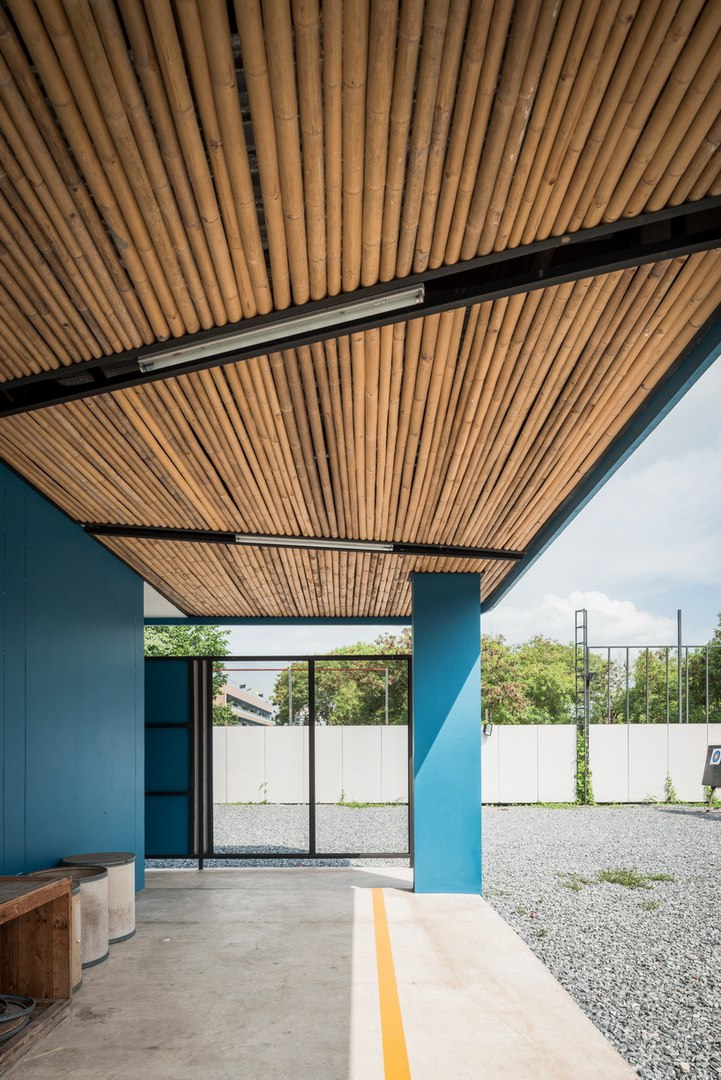 Archimontage's archery club in Bangkok comprises a series of non-permanent materials