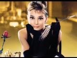 Одри Хепберн в фильме «Завтрак у Тиффани» (1961), «Moon river»