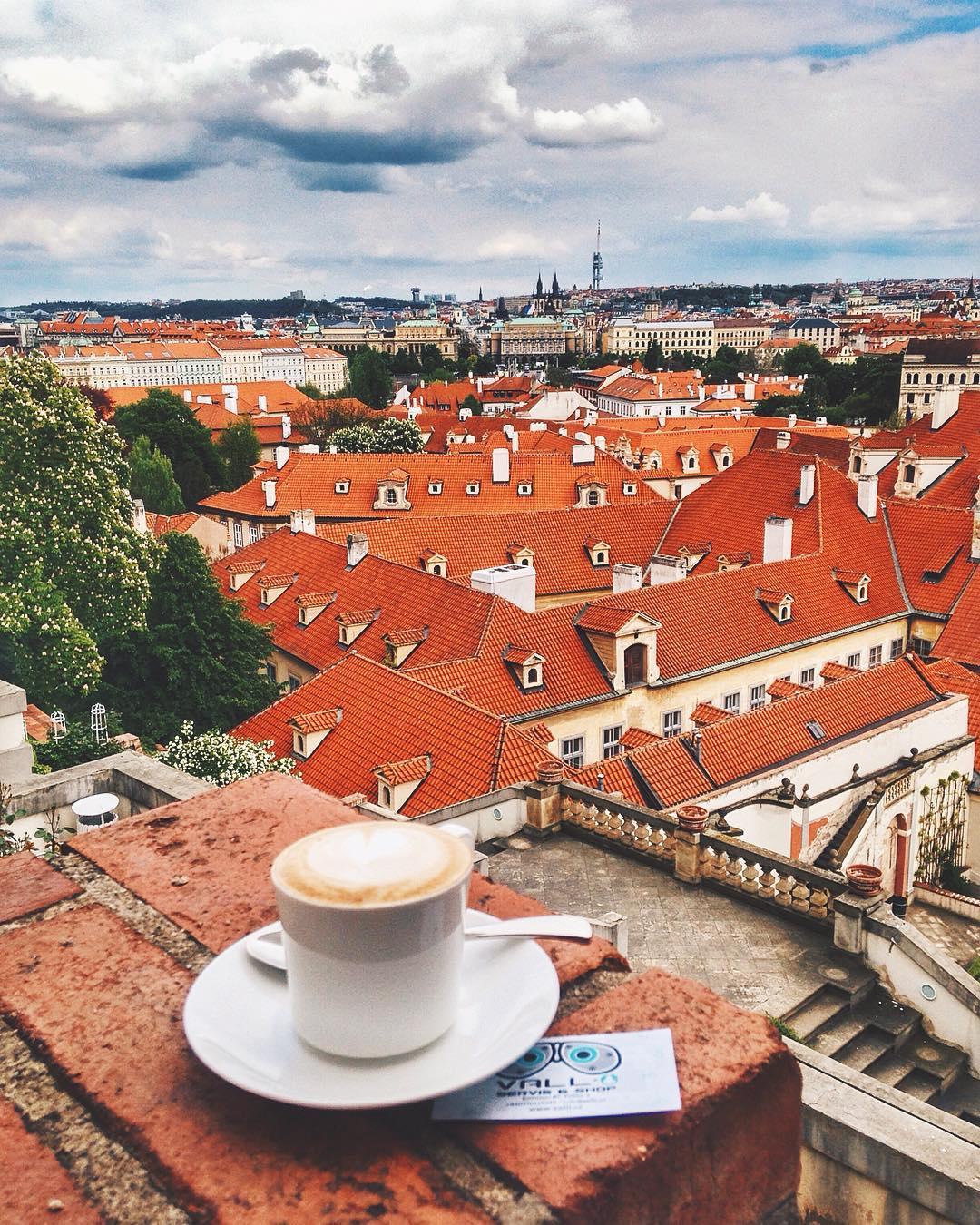 Петербург: тур в Прагу на неделю с завтраками в отличный отель 4* всего за 15400 рублей с человека