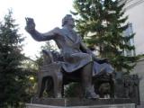 Памятник М.И. Глинке в Ново-Ниолаевске (19 августа 2017 г.)