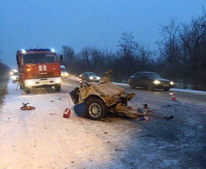Утреннее ДТП в Крыму забрало жизнь нескольких людей