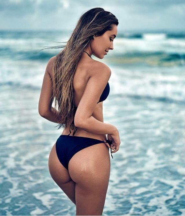 A few nude lesbians gorgeousgaytube com