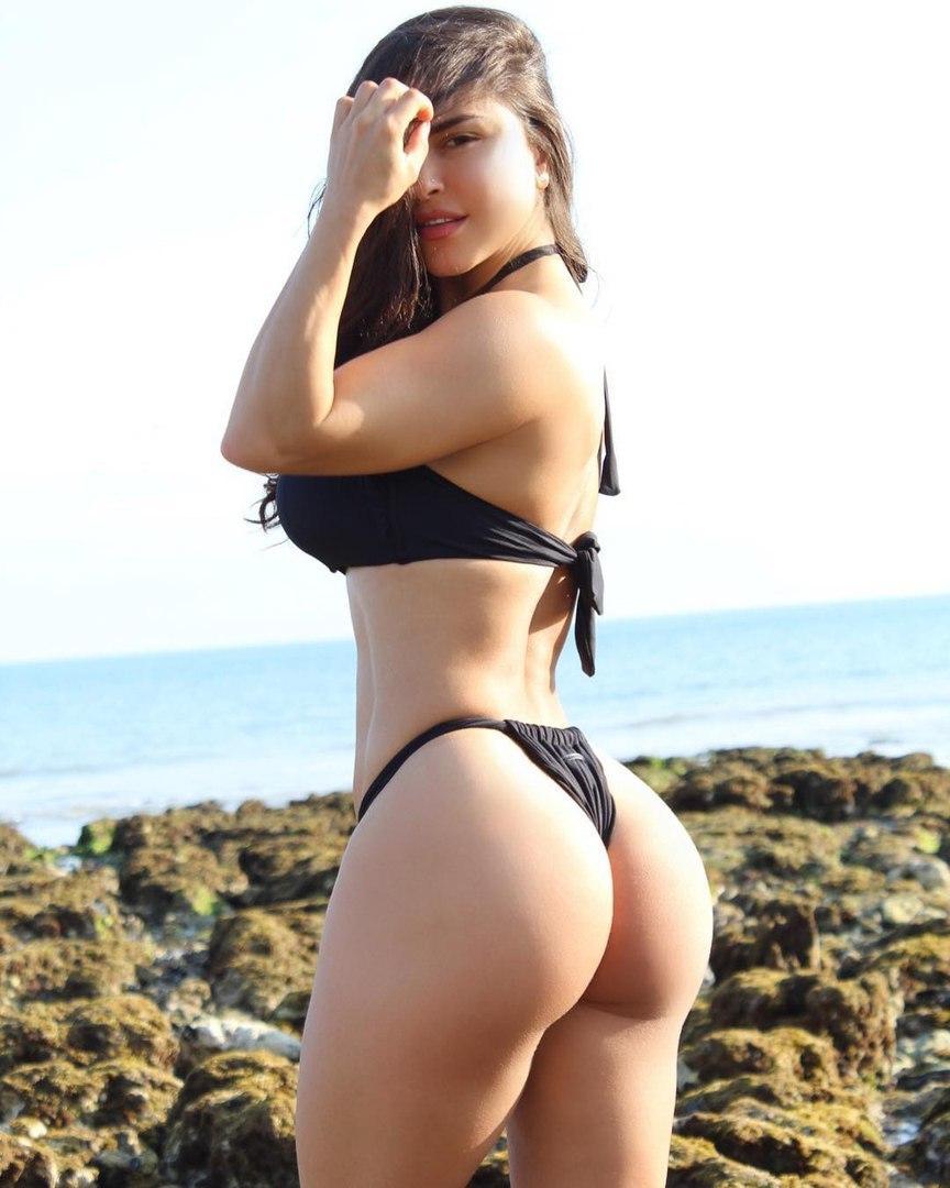 Deep fucking ass relish with sexy dildo