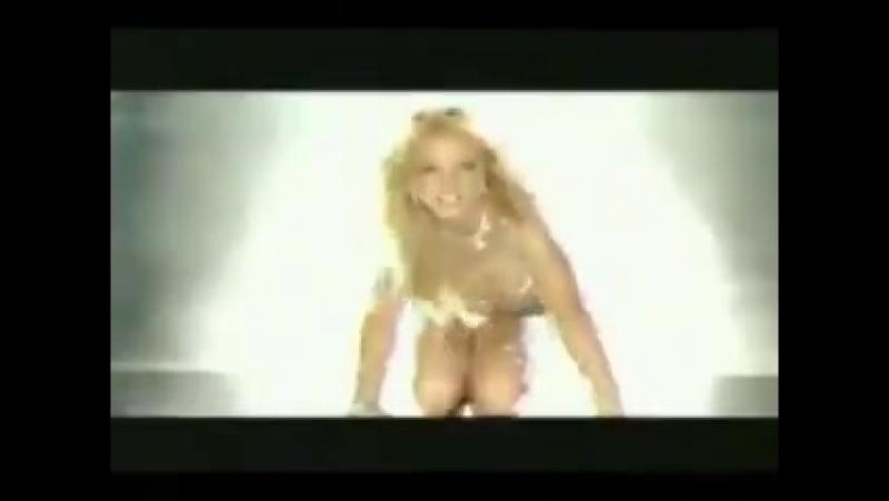 Britney Spears ft Natalia Oreiro Tu veneno Toxic