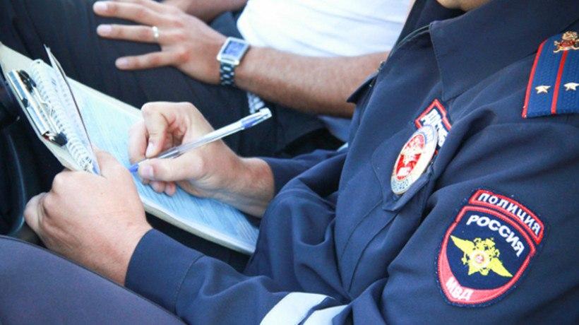 Инспектор ДПС обвиняется вполучении взятки