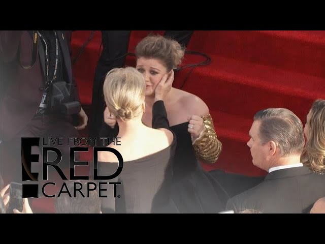 Kelly Clarkson's Fangirl Freak Out Over Meryl Streep! | E! Live from the Red Carpet
