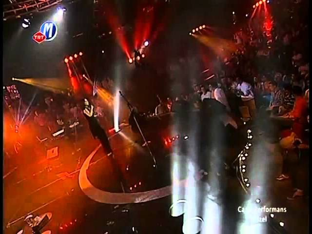 İzel - Dayanamam (TRT Canlı Performans Konseri )