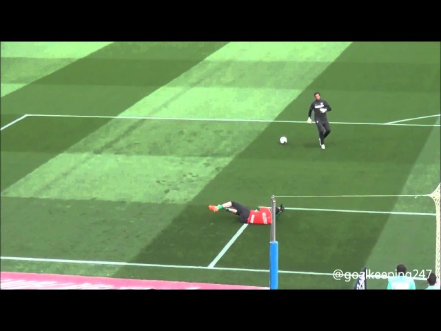 Thibaut Courtois Goalkeeper Warm up - Barcelona vs Atlético Madrid 2014