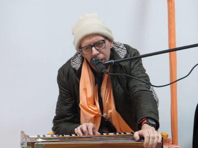 ЕС Бхакти Прабхава Свами. Цель Бхагавад Гиты (3.30)