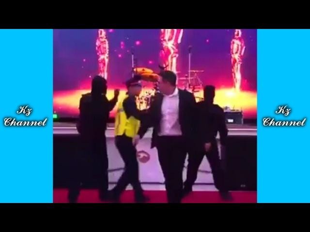 ТАНЕЦ на СВАДЬБЕ ВЗОРВАЛ ИНТЕРНЕТ Самые Лучшие ПРИКОЛЫ И DUBSMASH танцы КАЗАХСТАН РОССИЯ 131
