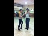 Leo Martínez   Cómo se baila una salsa cubana (how to dance a cuban salsa)
