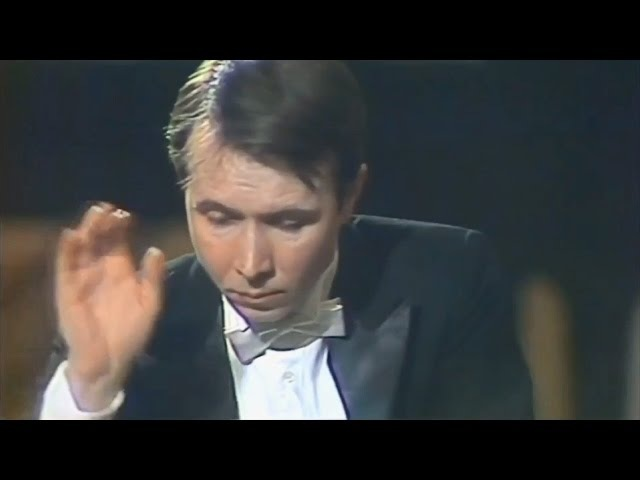 Mikhail Pletnev plays Grieg - Carnival Scene (live in Moscow, 1987)