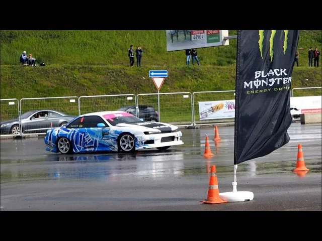 Nissan Silvia S14 Drift at Moscow Tuning Show