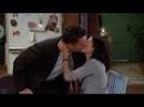 Друзья S05E02 Чендлер целует Монику Рейчел и Фиби