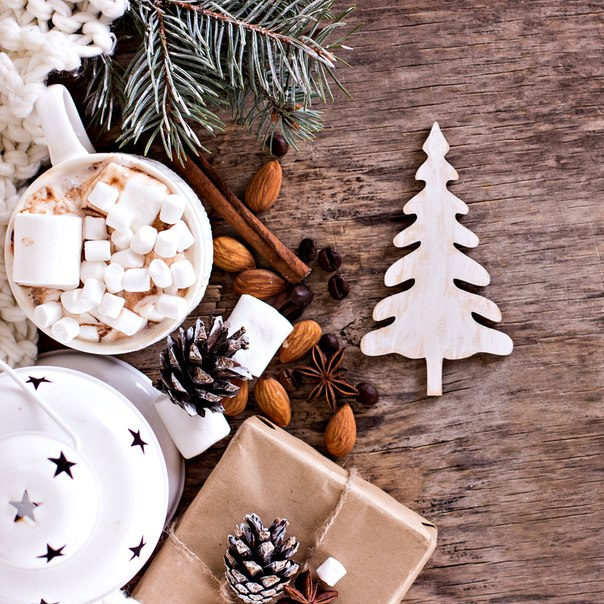 С Рождеством, друзья! От всей души желаем вам добра и крепкого здоровь