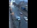 Молния бьет в авто