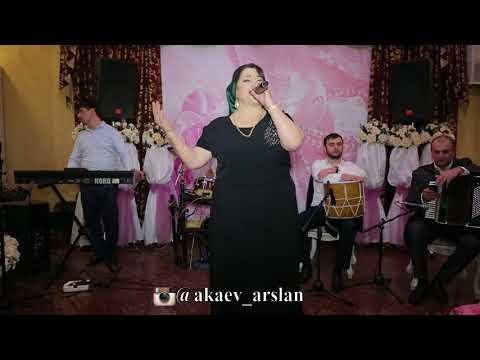 Саният Надирбекова. Праздничный концерт, посвященный 8 марта. 2018г. Кумыкские песни поёт.