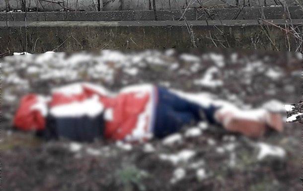 Избитая до полусмерти 12-летняя девочка пошла в соседнюю деревню к бабушке, но не дошла