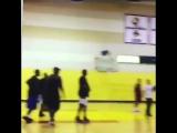 Дрейк сыграл с Tory Lanez в баскетбол