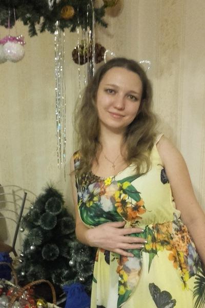 Анна Параева
