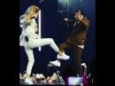 Вера Брежнева MONATIK - Любовь спасёт мир / Кружит M1 Music Awards