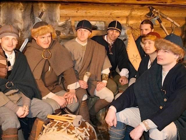 Vilki - Tumšis bija, gaišis tapa (Latvian folk song)