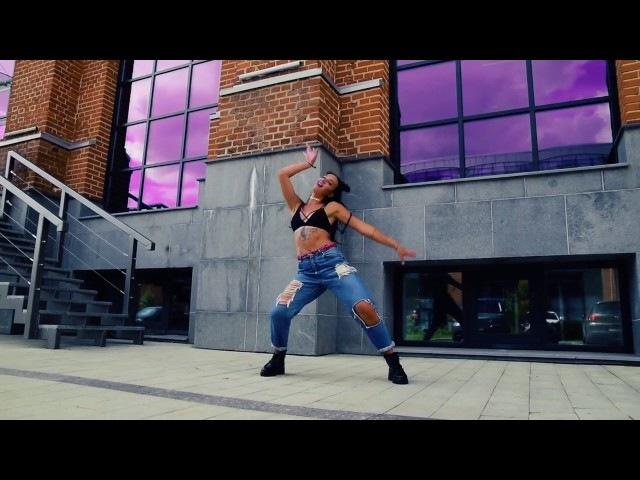 Stefflon Don-16 shotsdancehall choreo by Juli Prima