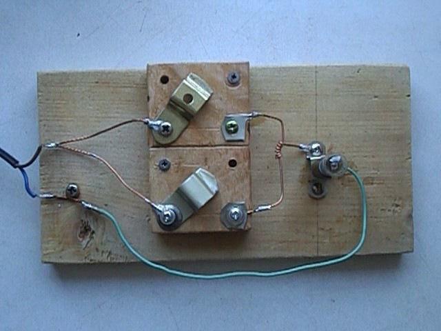 Вычислительная машина на проводах