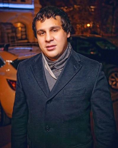 Максим Казыханов