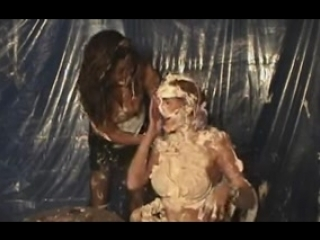 there girl pie messy funny -